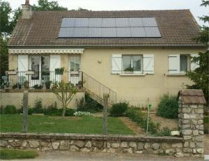 Photo Kit Photovoltaique intégré en toiture pour particulier
