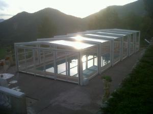Photo abri de piscine