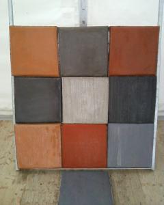 Photo Dallage béton finition quartz teinté balayé
