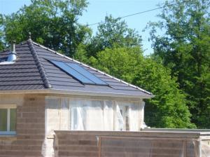 Photo Production Eau Chaude Sanitaire avec panneaux solaire thermique et Ballon 300l