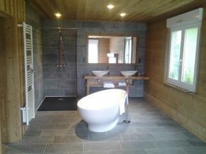 Photo salle de bain clé en main