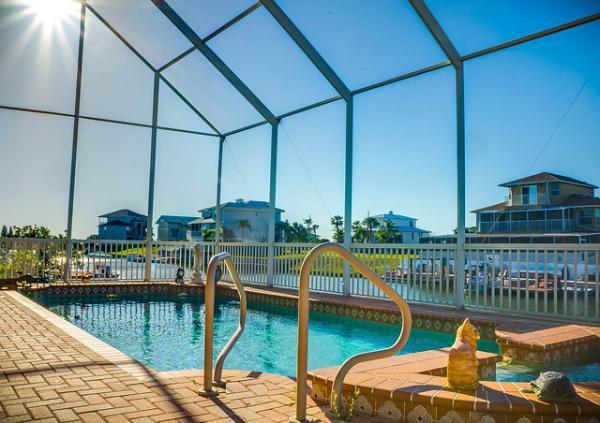Un abri de piscine selon vos envies forum piscine abris for Forum piscine